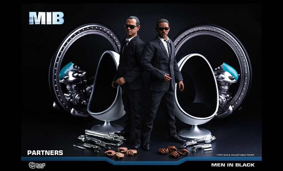 Black-Toys-BT103-AGENT-K-&-BT104-AGENT-J-MIB-MEN-IN-BLACK-WILL-SMITH-TOMMY-LEE-JONES