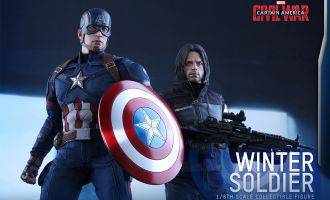 HOT TOYS CAPTAIN AMERICA CIVIL WAR CAPTAIN AMERICA & WINTER SOLDIER
