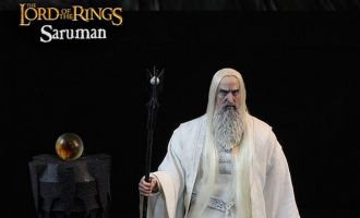 ASMUS TOYS HOBBT003 THE LORD OF THE RINGS SARUMAN