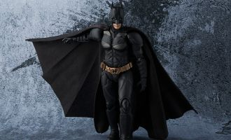 BANDAI SH FIGUARTS BATMAN THE DARK KNIGHT