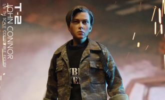 CGL TOYS MF10 TERMINATOR 2 LEADER TEENAGER JOHN CONNOR