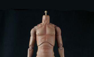 COOOMODEL HD001 BODY MALE 1/4 BRUCE WAYNE BANNER