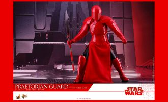 HOT-TOYS-MMS454-STAR-WARS-THE-LAST-JEDI-PRAETORIAN-GUARD-WITH-DOUBLE-BLADE
