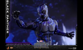 HOT-TOYS-MMS470-BLACK-PANTHER-BLACK-PANTHER