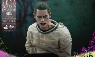 HOT TOYS MMS373 2016 TOY FAIR EXCLUSIVE SUICIDE SQUAD THE JOKER