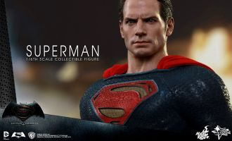 HOT TOYS MMS343 BATMAN V SUPERMAN DAWN OF JUSTICE SUPERMAN