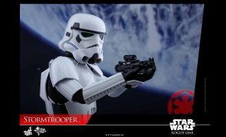 HOT TOYS MMS393 STAR WARS ROGUE ONE STORMTROOPER