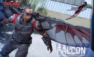 HOT TOYS MMS361 CAPTAIN AMERICA CIVIL WAR FALCON