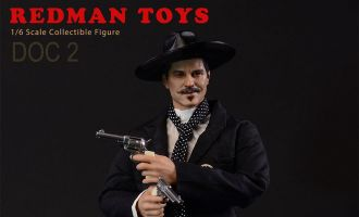REDMAN TOYS RM053 DOC HOLLIDAY ACTION FIGURE 1/6 TOMBSTONE DOC 2 THE COWBOY BANNER